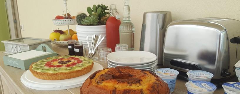 http://www.bbvivereilmare.it/wp-content/uploads/2012/01/buffet-colazione-vivere-il-mare.jpg