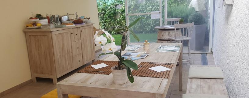 https://www.bbvivereilmare.it/wp-content/uploads/2012/01/vista-buffet-verso-giardino.jpg